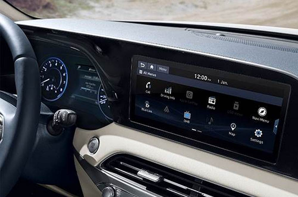 7 Inchi Cluster, 10.25 Inchi Navigation (Apple Carplay or Android Auto)
